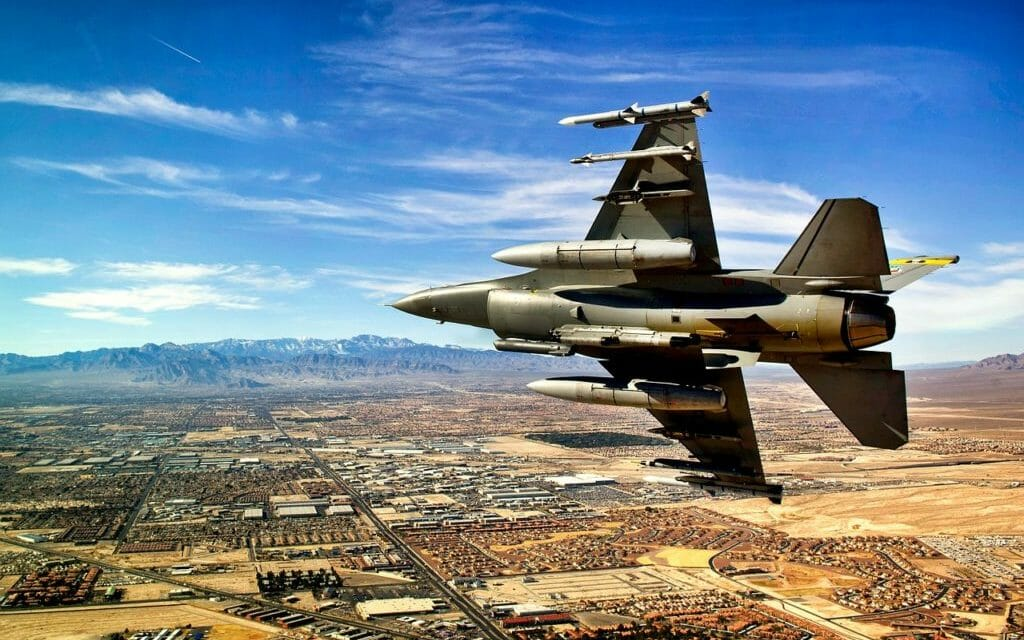 10 Amazing Things to do near Nellis AFB and Creech AFB